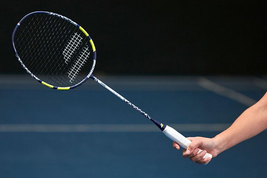 Jak dobrać rakietę do badmintona?