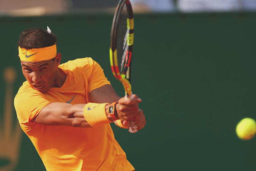 Rafael Nadal doważa ołowiem główkę rakiety, by zwiększyć jej swing-weight