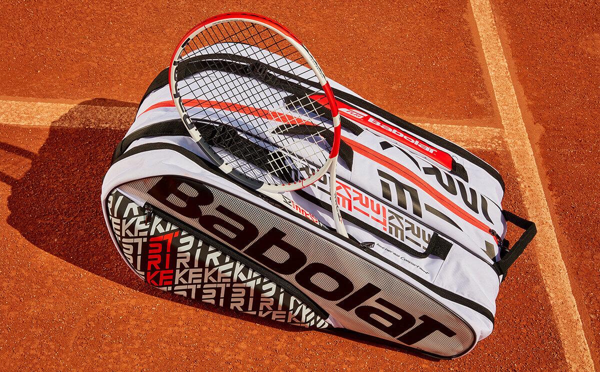 Torba tenisowa Babolat Pure Strike w dziennym świetle
